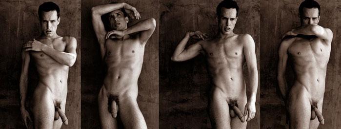 Close thomas naked — photo 10