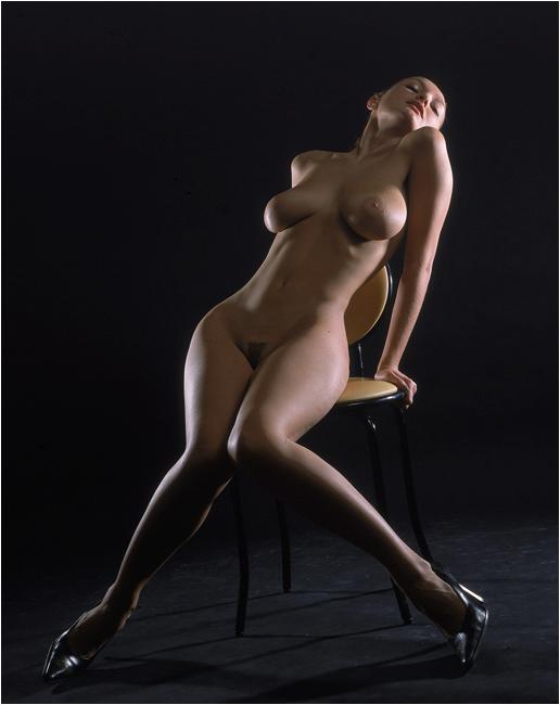 фото голых женщин песочные часы