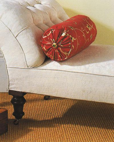 Как сшить валик диванный