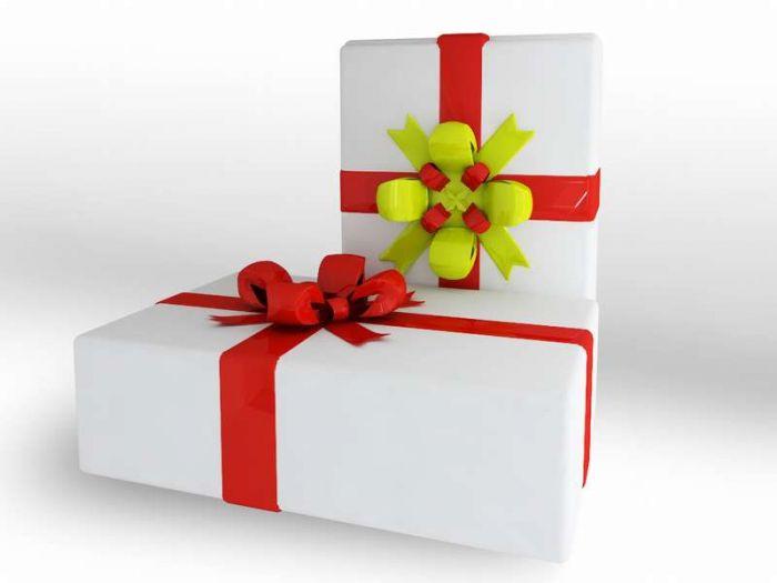 Сегодня я хотела бы поделиться с вами несколькими способами изготовления подарков своими руками вместе с ребенком.