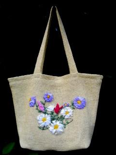 сумки вязанные и вышитые лентами - Сумки.