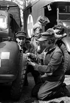 Элизабет Виндзор на службе во вспомогательных территориальных войсках