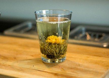 Раньше белый чай был привилегией высшего сословия Китая. .  - Горячие напитки - Горячие напитки - Персональный сайт.