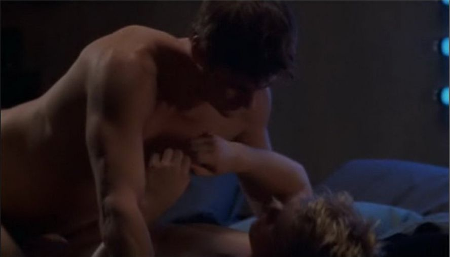 Как на член одевать кабачок и трахаются, порно картинки много членов одна