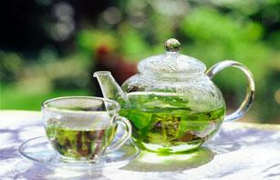 чайный напиток для женщин с боровой маткой.