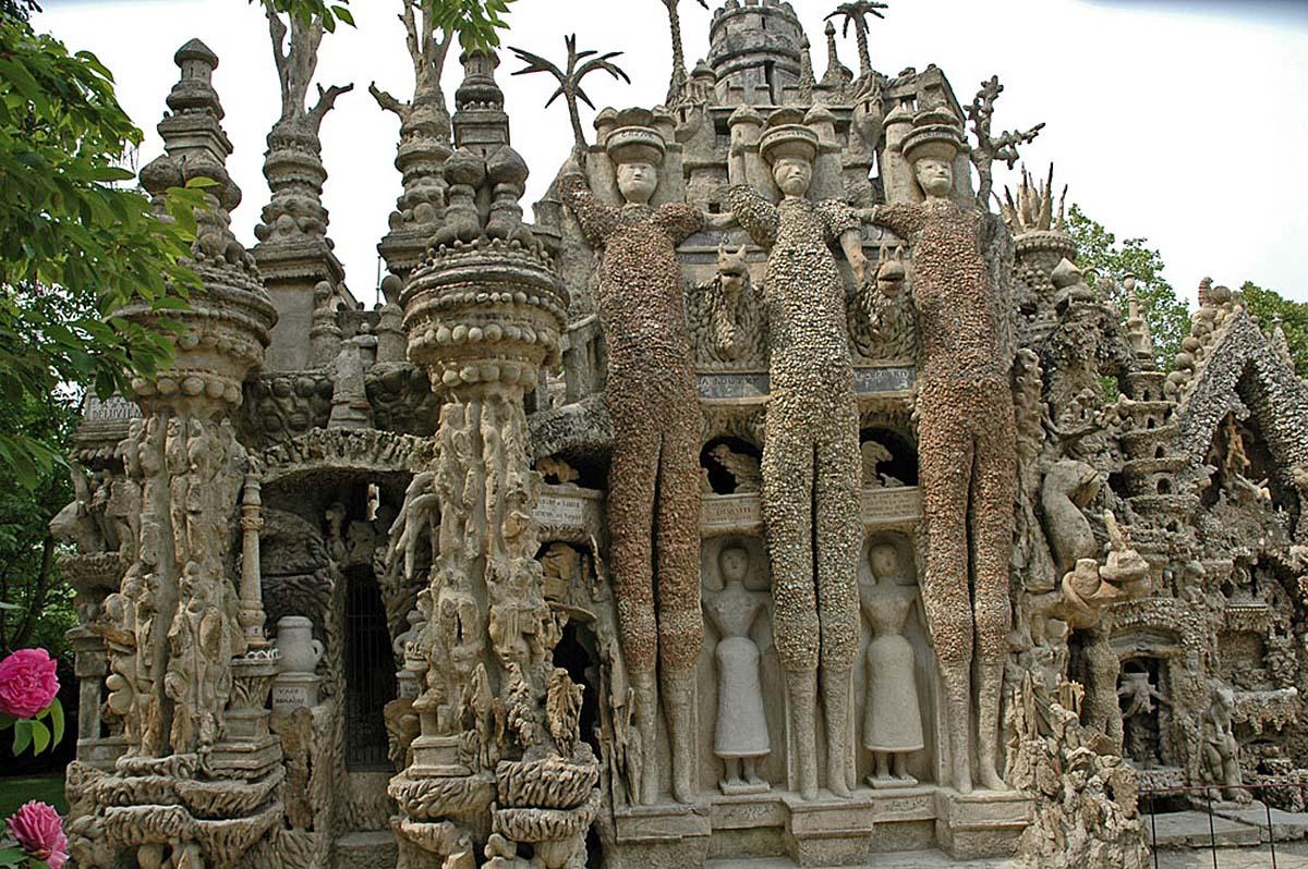 Дворец из камня