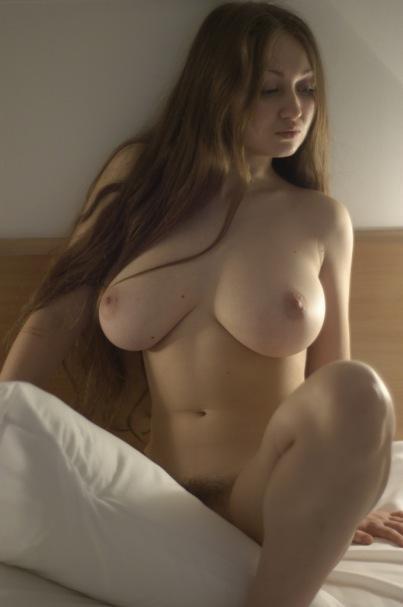 zrelie-golie-zhenshini-video