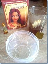 Хна Aasha, эвкалиптовое масло, завариваю чайный пакетик, чтобы получился чифир