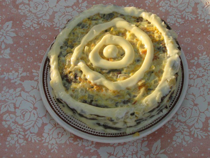 Печеночный торт с огурцом фото