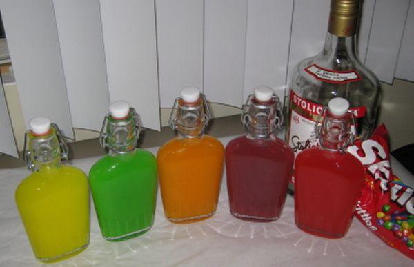 Как сделать цветную водку