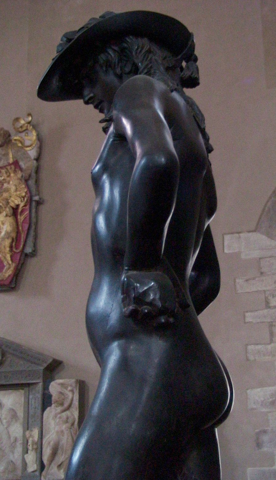 an evaluation of the bronze sculpture of david by donatello Visual arts sculpture bible history essays - a comparison of michelangelo's and donatello's sculptures of david.