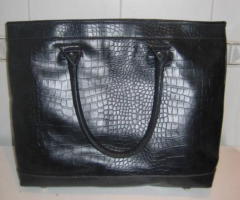 Большая вместительная сумка Mango (осенняя коллекция 2009) Материал...
