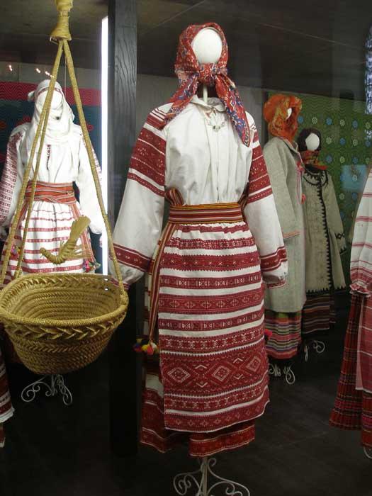 национальный костюм белоруссии картинки