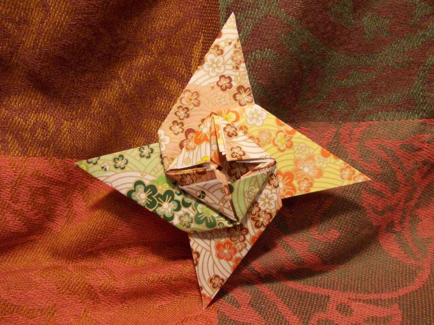 Оригами коробочка 凵繞(かん