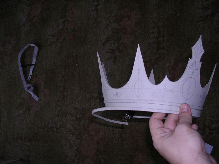 Сделать корону своими руками из бумаги видео