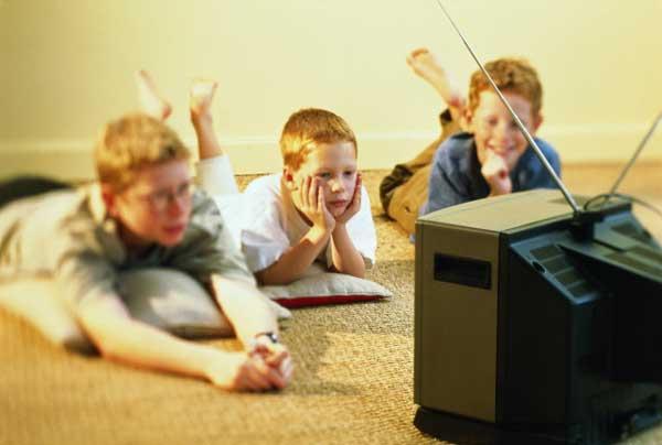 В российские детские ТВ-программы вернули рекламу