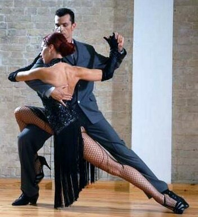 essay salsa dance 7 important benefits of dancing updated on august 23, 2017 authornormabudden more  i also dance swing and salsa but dancing is just a great thing to do author.