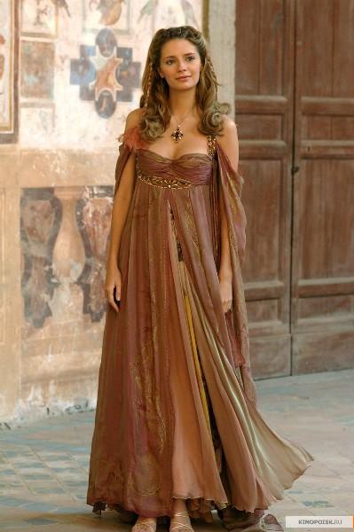 Женские платья в кино