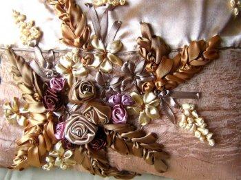 Картина, панно Вышивка: Розы и сирень вышивка лентами Ленты