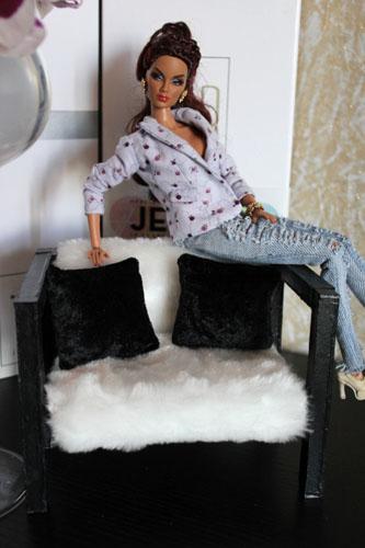 Одежда и мебель для барби