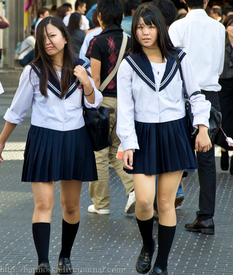 фото школьниц японии порно