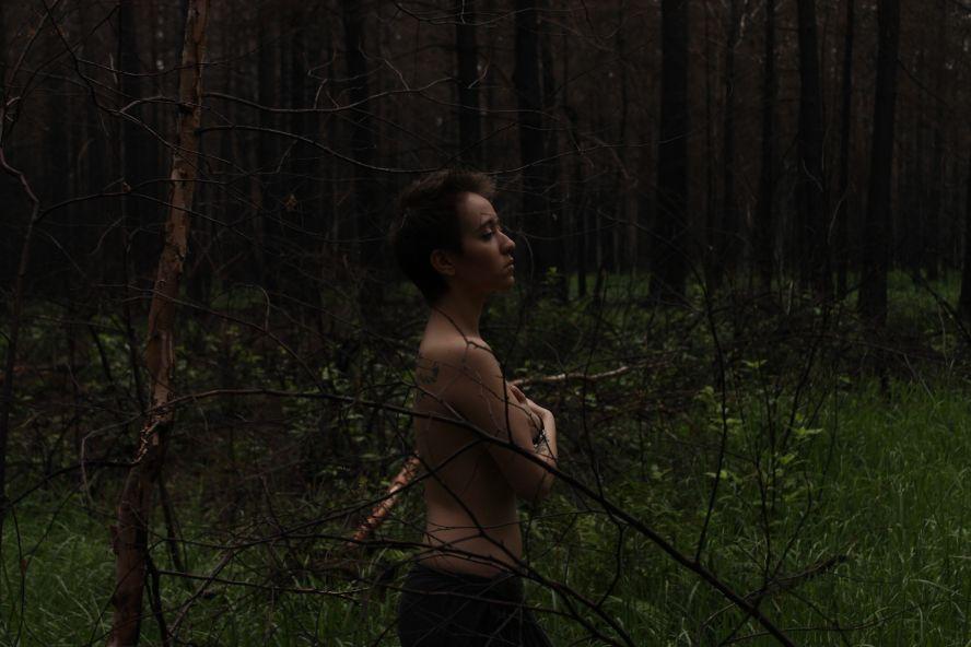 порно пробежка в лесу
