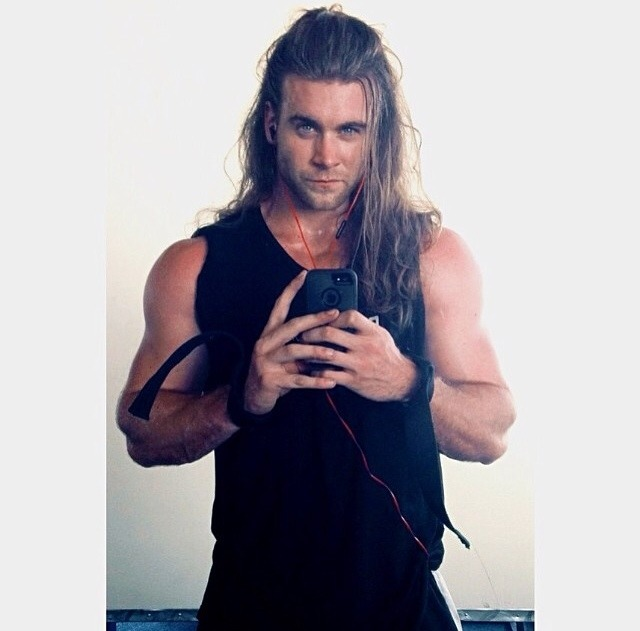 brock single women Watch brock o'hurn share what he's looking for in a woman it seems like the hot model is so occupied with his job that he barely gets any time to go out and find a date we totally agree that it is quite tough to maintain a balance between one's job and love life, but for someone with such amazing good looks to stay away from ladies just for.