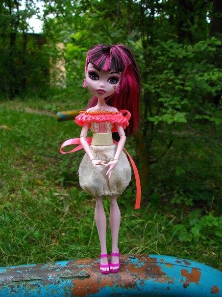 Делаем всё своими руками для кукол монстр хай