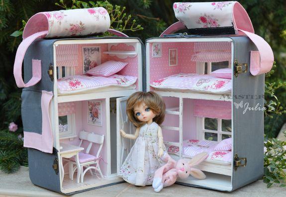 Переносные кукольные домики