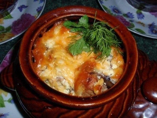 Мясо с грибами сыром и картошкой в горшочках пошаговый рецепт с