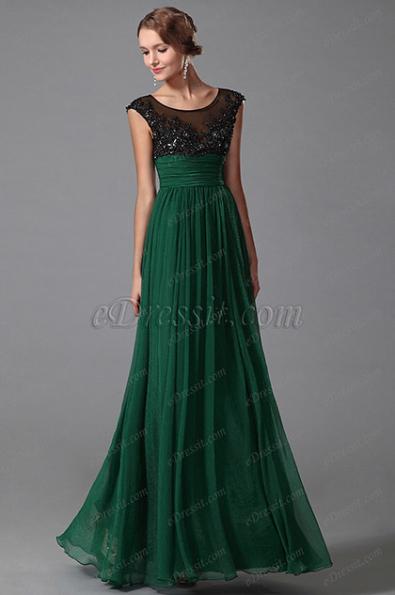 Естественно, главным украшением девушки в этот вечер станет платье. Модные платья на выпускной 2015 года не только украсят девушку, но и покажут