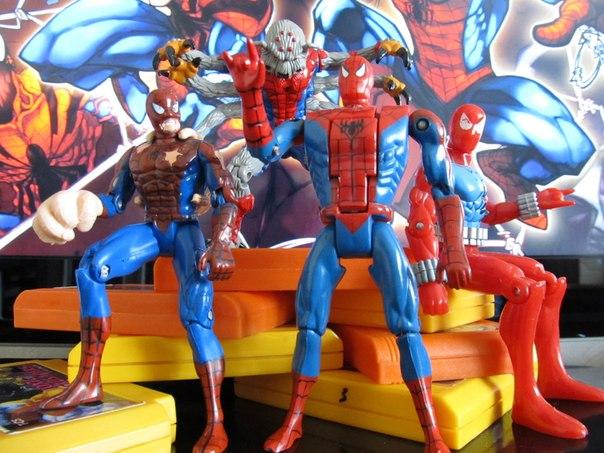 Человек паук мультик про игрушки
