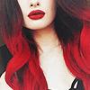 девушка с вишневыми волосами