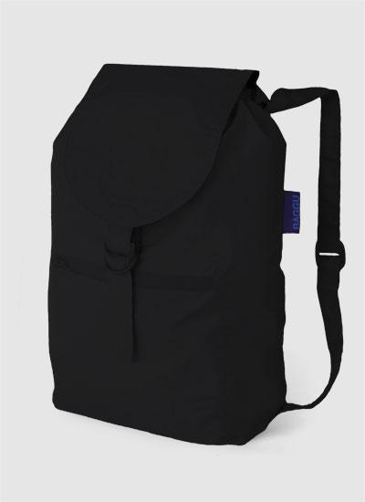 Как-то еще тем летом я писала про вожделенные для всех рюкзаки.