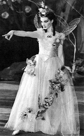 Вивьен как Титания 1937