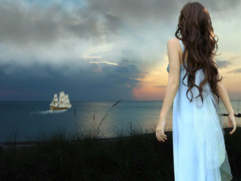 лодка проплывающая мимо меня привлекла мое внимание ошибка