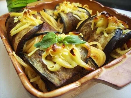 На островах Сицилия и Сардиния в тарелке макарон -- раздолье рыбе, каракатицам, кальмарам, моллюскам, крабам, лангустам