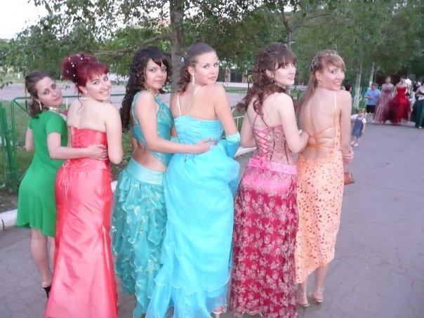 выпускные платья и прически фото