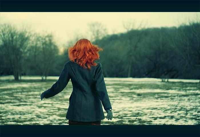 Фото рыжих девушек с короткими волосами со спины на аву в контакт