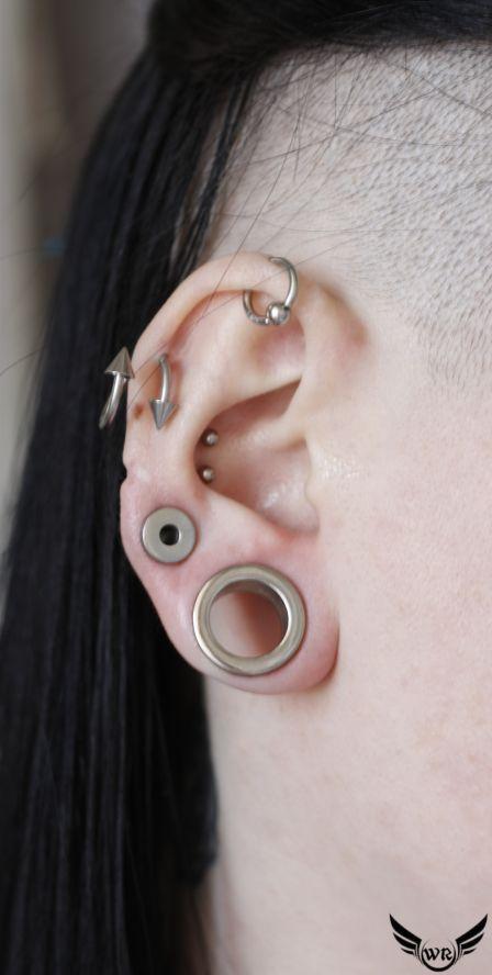 Как долго заживает ухо после прокола хряща