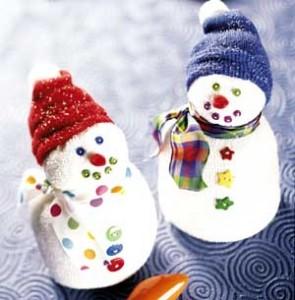 """Из книги  """"Christmas Crafts for Kids """".  Материалы. белые носки (лучше детский, небольшой носок); - вата..."""
