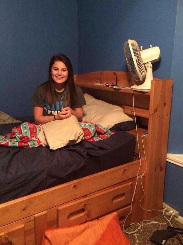 негры и мужья в одной кровати